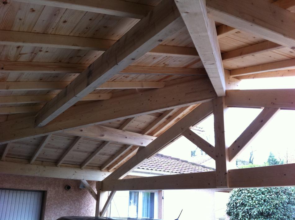 Abris bois de jardin chapente bois traditionnelle chalet bois lyon ain - Montage d un carport ...